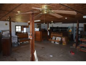TRACY STORE-EQUIPMENT & CONTENTS AND A 1800s FARM HOUSE FIXER UPPER SELLING IN CONJUNCTION WITH BARREN COUNTY MASTER COMMISSIONER PURSUANT TO ORDER #20-C1561 featured photo 7