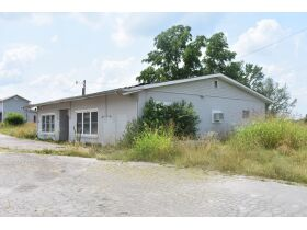 TRACY STORE-EQUIPMENT & CONTENTS AND A 1800s FARM HOUSE FIXER UPPER SELLING IN CONJUNCTION WITH BARREN COUNTY MASTER COMMISSIONER PURSUANT TO ORDER #20-C1561 featured photo 3