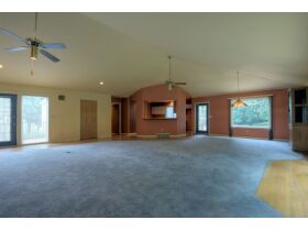 Spectacular And Exclusive Riverside Missouri Real Estate Auction featured photo 7