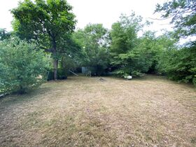 """SELLING ABSOLUTE! """"Handyman Special"""" 3 Bedroom, 2 Bath Home on Large Corner Lot - Auction July 29th featured photo 11"""