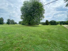RANCH BRICK HOME on 1.99 ACRES - Online Bidding Ends TUE, AUG 24 @ 4:00 PM EDT featured photo 8