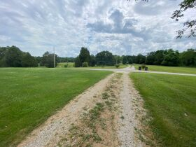 RANCH BRICK HOME on 1.99 ACRES - Online Bidding Ends TUE, AUG 24 @ 4:00 PM EDT featured photo 11