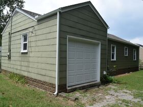 NOW SELLING ABSOLUTE! 3 Bedroom, 1 Bath Move-In Ready Home - Walk to MTSU - Online Auction ends August 19th featured photo 6