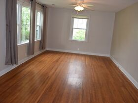 3 Bedroom, 1 Bath Move-In Ready Home - Walk to MTSU - Online Auction ends August 19th featured photo 7