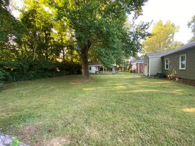NOW SELLING ABSOLUTE! 3 Bedroom, 1 Bath Move-In Ready Home - Walk to MTSU - Online Auction ends August 19th featured photo 9