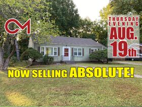 NOW SELLING ABSOLUTE! 3 Bedroom, 1 Bath Move-In Ready Home - Walk to MTSU - Online Auction ends August 19th featured photo 1
