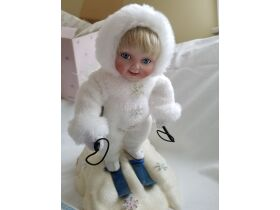 Vintage Toys, Dolls, Collectibles Online Auction featured photo 1