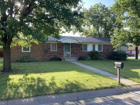 1303 N PLUM, WELLINGTON KS ~ Family Home with 2 Detached Garages featured photo 1