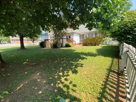 Super Clean, Move-In Ready 3 Bedroom, 2 Bath Home - Auction August 26th featured photo 8