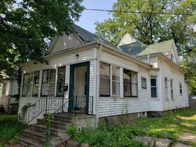 Peoria, IL Income Property Auction featured photo 5
