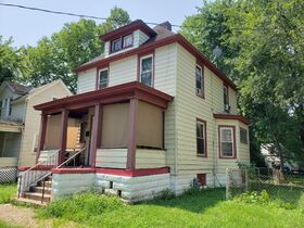 Peoria, IL Income Property Auction featured photo 7