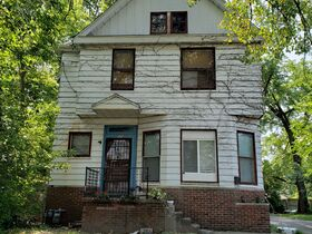 Peoria, IL Income Property Auction featured photo 9