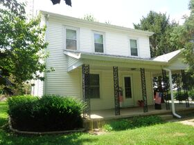 511 N Miller- Waverly, IL featured photo 1