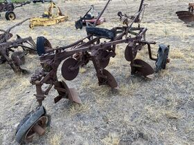 Dry Climate Parts, Implements, and Project Tractors - Baltes Collection featured photo 8
