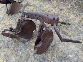 Dry Climate Parts, Implements, and Project Tractors - Baltes Collection featured photo 11