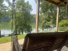 4 Bedroom/3 Bath House on Boone Lake featured photo 4