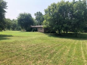 REAL ESTATE AUCTION-6 + ACRES-MODEST HOME IN THE HEART OF BROKEN ARROW-OK-PLUS PERSONAL PROPERTY featured photo 2