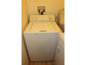 APPLIANCES - FURNITURE - HOME GOODS - Online Bidding Ends TUE, SEPT 14 @ 5:00 PM EDT featured photo 4