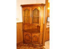 APPLIANCES - FURNITURE - HOME GOODS - Online Bidding Ends TUE, SEPT 14 @ 5:00 PM EDT featured photo 11