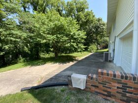 Well Cared For Family Home • Sells To High Bidder • Centrally Located In Columbia (Parkade Subdivision) featured photo 6
