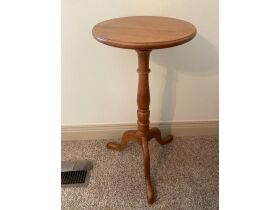 Tell City Furniture, Antiques, Collectibles, & Household Misc. - Online Auction Evansville, IN featured photo 9