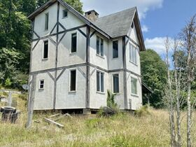 Secluded Timber Framed Home, Horse Barn, 34 Acres featured photo 3