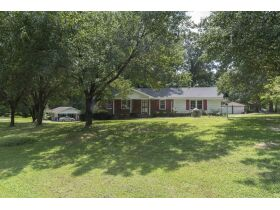Excellent 3 BR, 2 Bath Brick Residence - 2216 Hodge Rd, Wake County featured photo 3