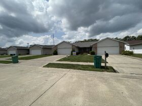 Selling ABSOLUTE!!!!  Springfield IL Real Estate and Personal Property Auction featured photo 7