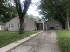 Real Estate Listing- 3200 West Torquay, Muncie, IN featured photo 1