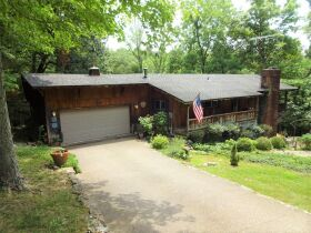 HOME in DOE VALLEY - Online Bidding Ends TUE, OCT 5 @ 4:00 PM EDT featured photo 2