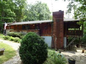HOME in DOE VALLEY - Online Bidding Ends TUE, OCT 5 @ 4:00 PM EDT featured photo 8