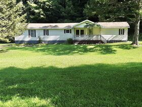 3 Bedroom Home On 2 Acres featured photo 1