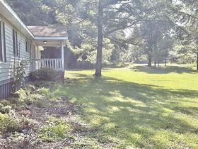 3 Bedroom Home On 2 Acres featured photo 3