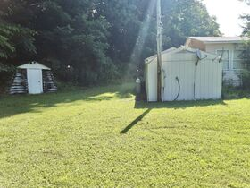3 Bedroom Home On 2 Acres featured photo 4