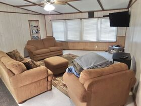 3 Bedroom Home On 2 Acres featured photo 10