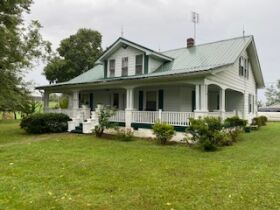House & Lot  & Personal Property in Waynesburg, KY - Absolute Online Only Auction featured photo 1