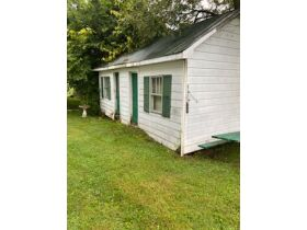 House & Lot  & Personal Property in Waynesburg, KY - Absolute Online Only Auction featured photo 4