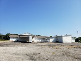 14469 State Highway 97 Commercial Real Estate - 1.92 Acres with 6500+ Sq ft Building featured photo 5