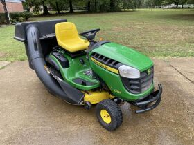 New Holland and John  Deere Tractor Auction featured photo 3