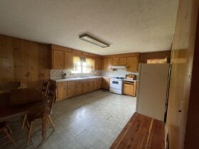 Court Ordered Auction - 3 Bedroom House on 1.36 Acres featured photo 11