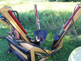 Dunlavy Antique Implements, Parts and Vehicles featured photo 4