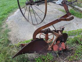 Dunlavy Antique Implements, Parts and Vehicles featured photo 9