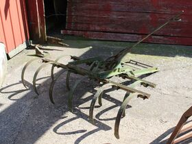 Dunlavy Antique Implements, Parts and Vehicles featured photo 11