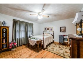 MAKE IT EASY AND FILL UP YOUR HOUSE BY BUYING THE CONTENTS OF EACH ROOM IN THIS AUCTION! featured photo 2