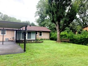 Super Clean 3 BR, 1.5 BA Home with Sunroom and Storage Barn in Murfreesboro featured photo 9