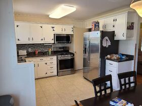 3 BR, 1 BA Home - Insulated Shop with Full Bath & Living Quarters in Bell Buckle, TN (Midland Area) featured photo 9