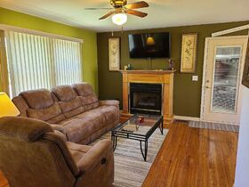 3 BR, 1 BA Home - Insulated Shop with Full Bath & Living Quarters in Bell Buckle, TN (Midland Area) featured photo 12