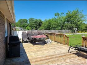 3 BR, 1 BA Home - Insulated Shop with Full Bath & Living Quarters in Bell Buckle, TN (Midland Area) featured photo 6