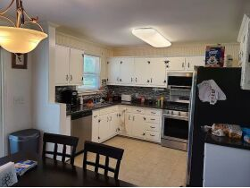 3 BR, 1 BA Home - Insulated Shop with Full Bath & Living Quarters in Bell Buckle, TN (Midland Area) featured photo 10