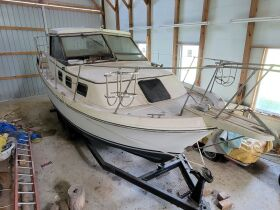 Carver Riviera 28 and Sea Ray 260 Boats at Absolute Online Auction featured photo 12